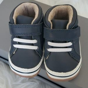 Carter's baby boy shoes!!